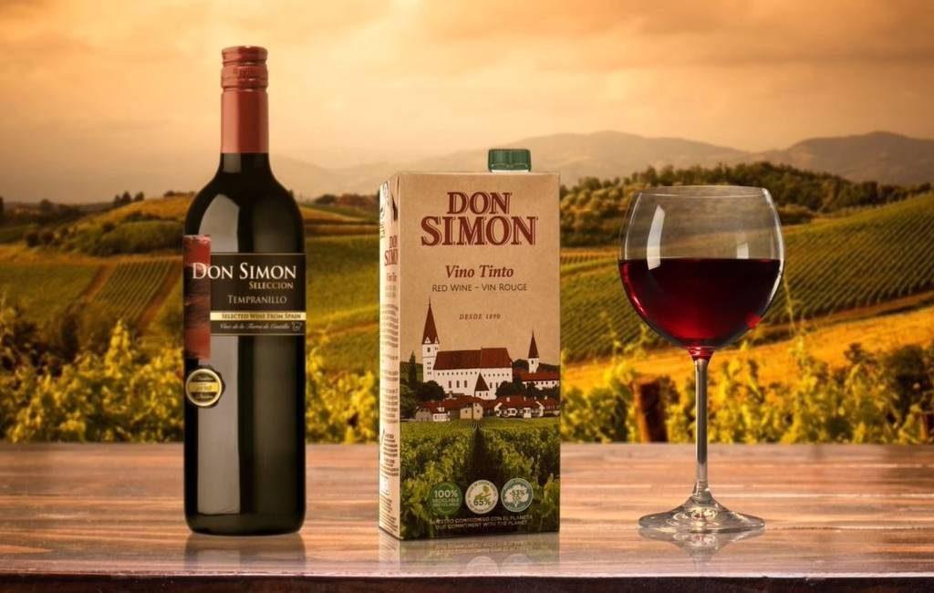 Don Simón bestaat 40 jaar en dat moet gevierd worden met een drinkpak-wijntje
