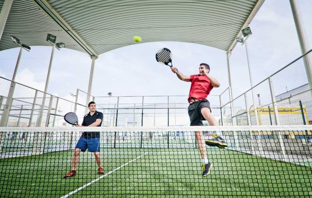 De hipste sport van Spanje is niet golf of tennis maar Padel
