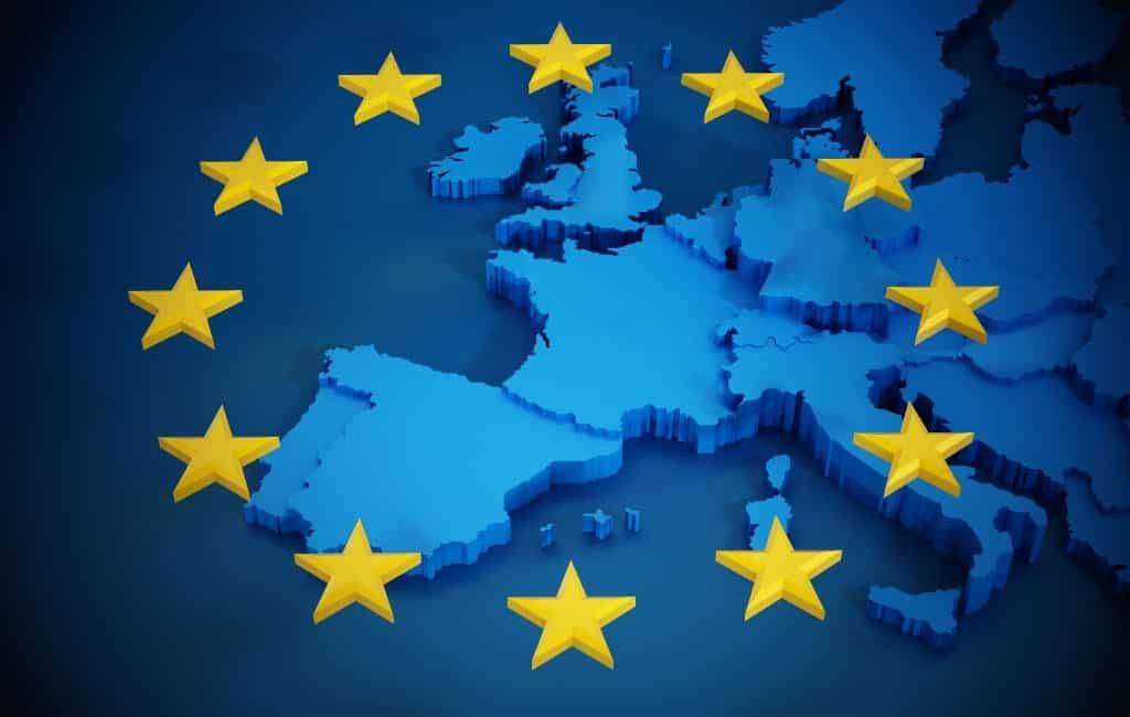 Spaanse en grenzen binnen de EU geleidelijk en gecoördineerd open