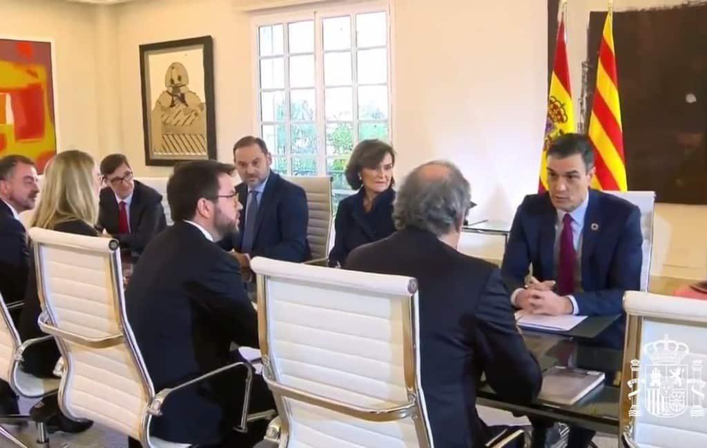 Spaanse regering en Catalaanse regioregering voeren dialoog