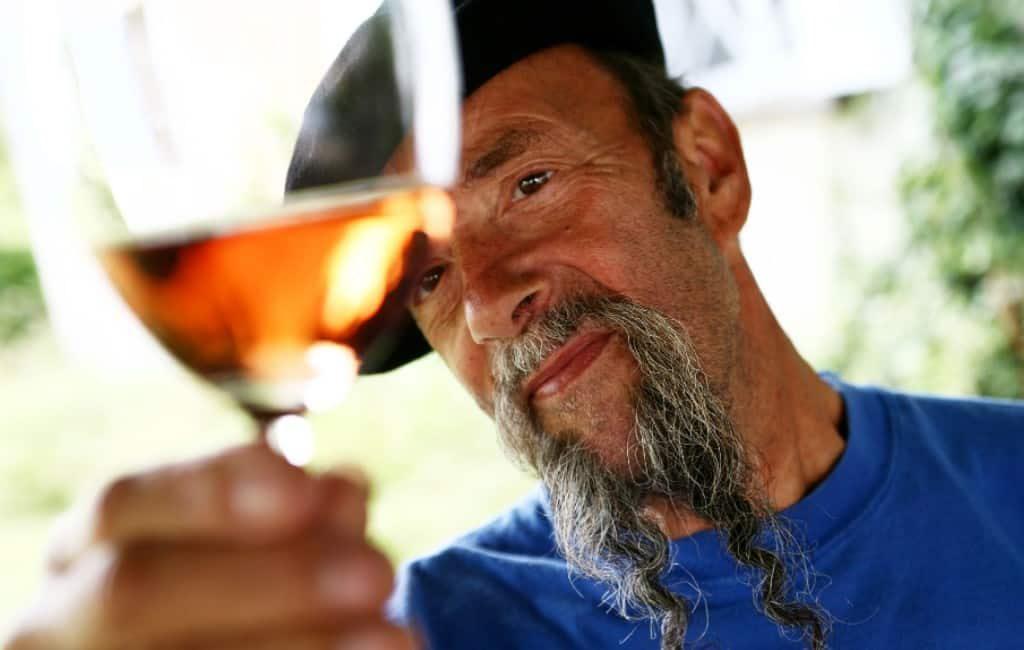 Tv-wijnkenner Ilja Gort opnieuw in Spanje op bezoek