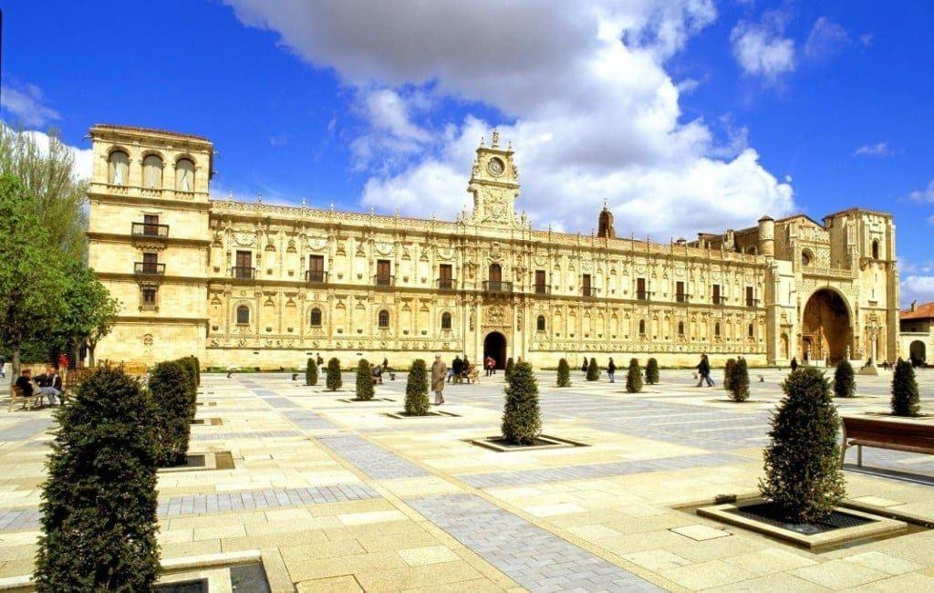 Parador van León na drie jaar renovatiewerkzaamheden weer heropend