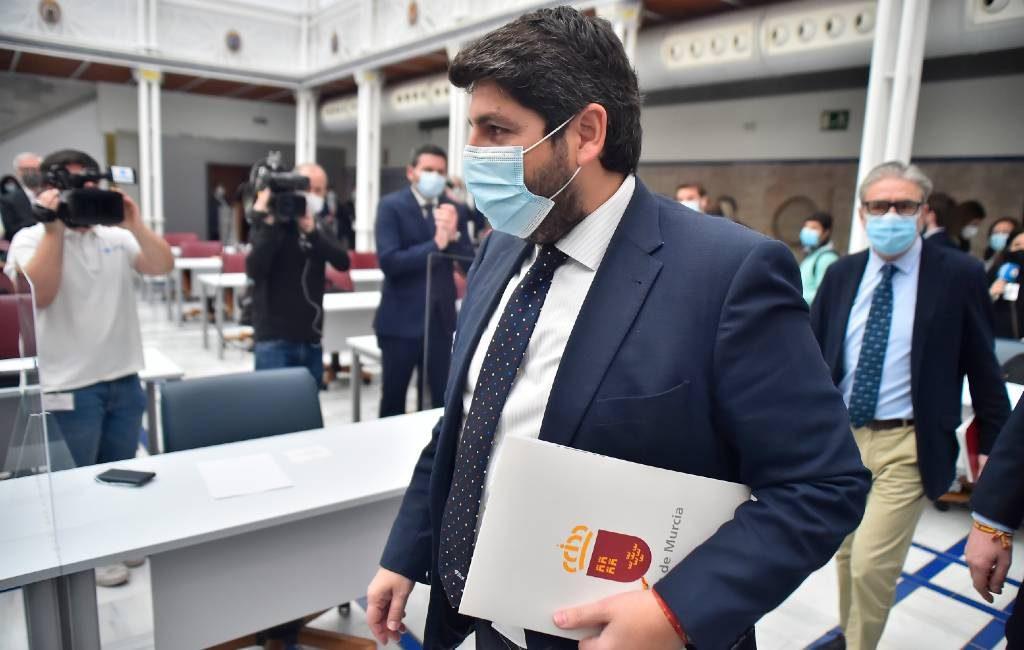 Motie van wantrouwen tegen PP-partij in Murcia regio mislukt door 'overlopers' en 'verbannelingen'