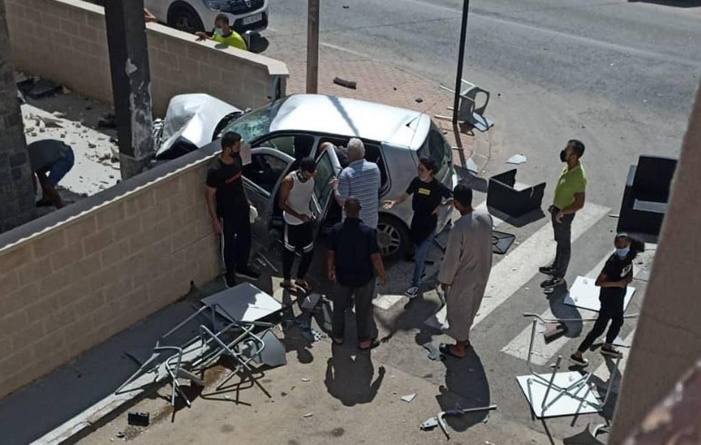 Twee doden en twee gewonden nadat automobilist op terras inrijdt in Murcia