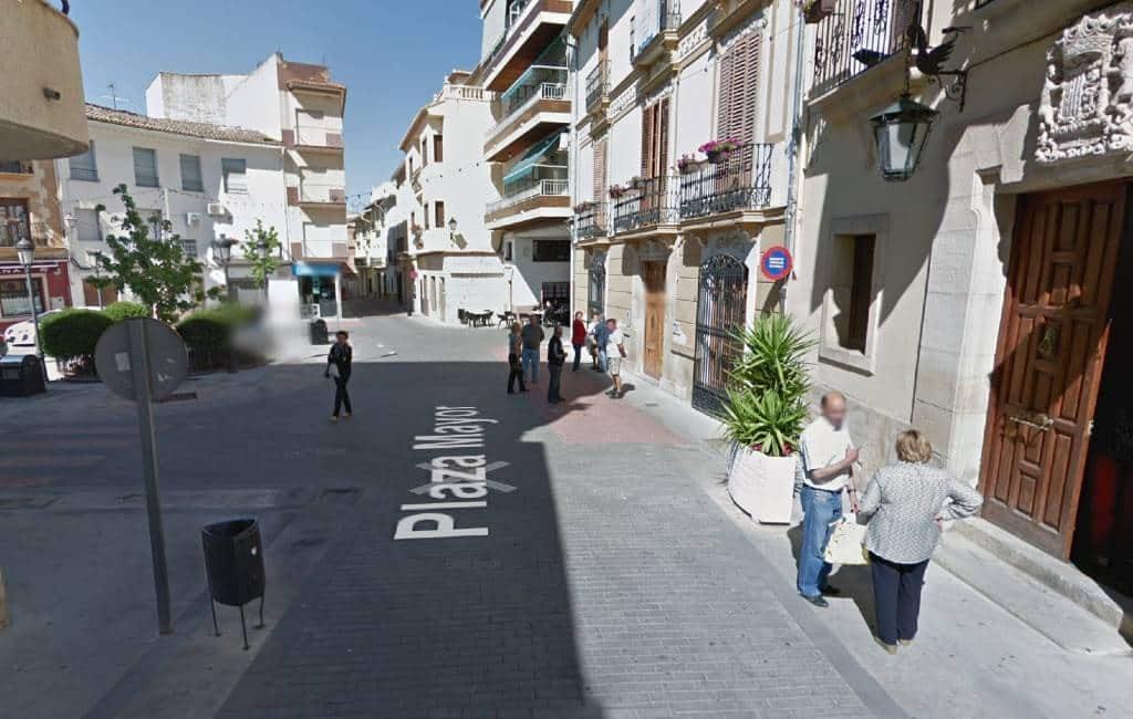 Dorp Benigánim in Valencia regio vanwege corona-positieven 14 dagen op slot