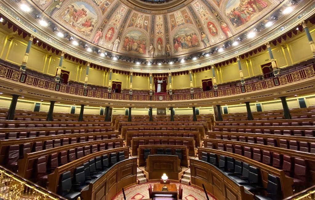 Staatsbegroting van Spaanse coalitieregering met meerderheid aangenomen