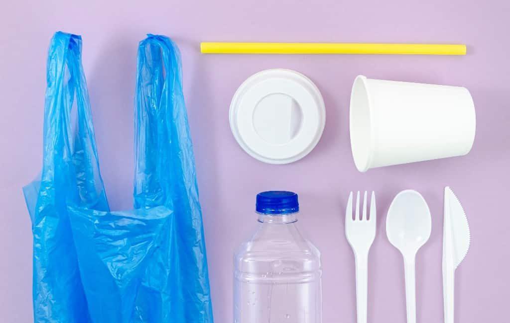 Plastic voor eenmalig gebruik wordt belast in Spanje