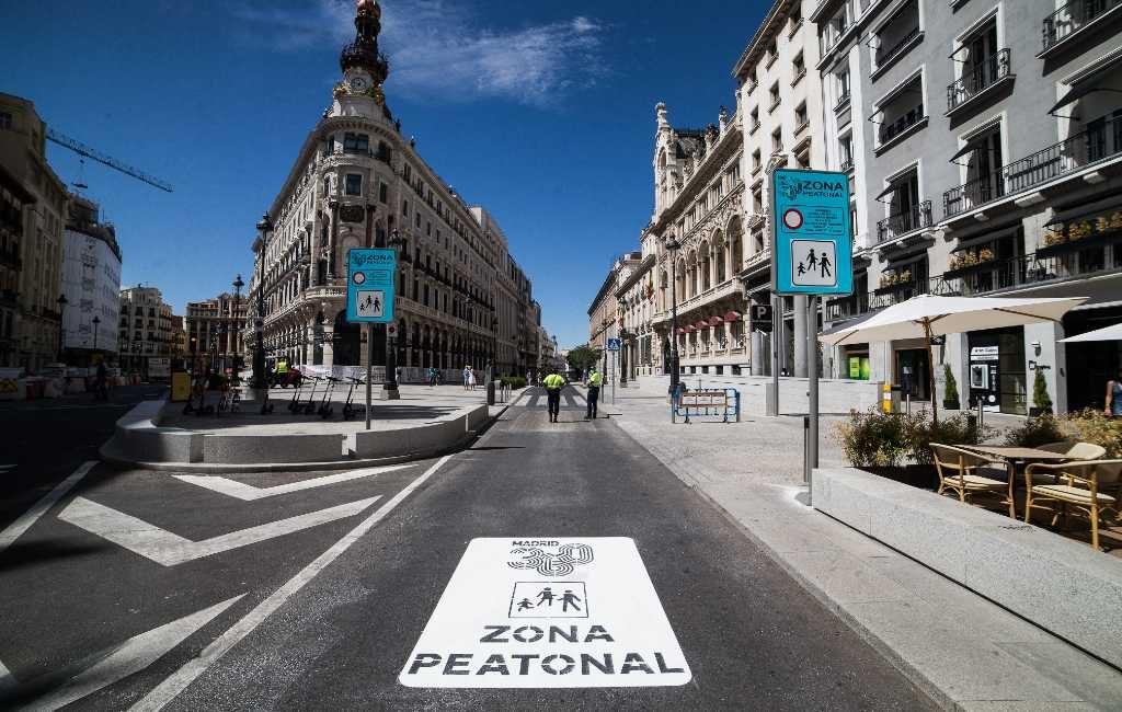 Het Puerta del Sol plein in Madrid is voetgangersgebied geworden