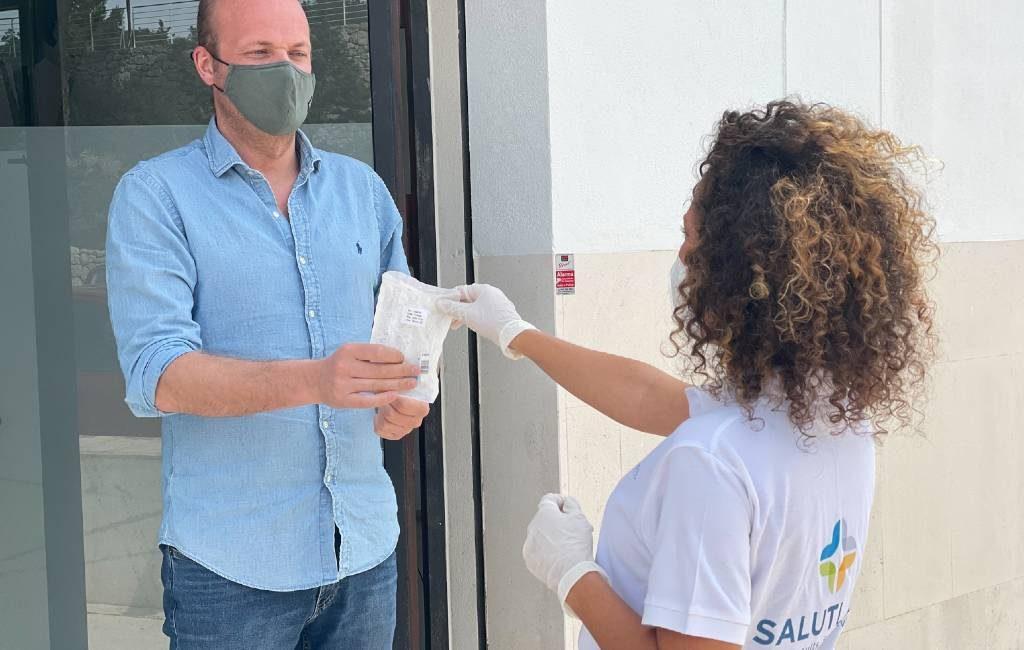 Thuisbezorgde PCR en Antigen testen in Spanje zonder wattenstaaf in neus en keel