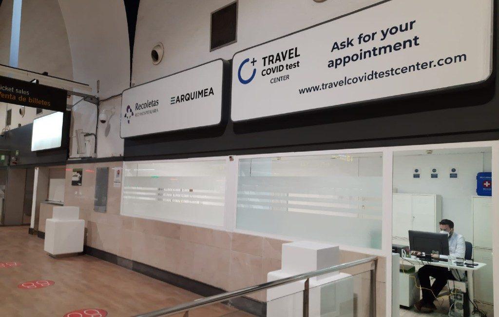 Op corona testen bij vliegvelden Madrid, Málaga en Sevilla is nu mogelijk, andere vliegvelden nog niet