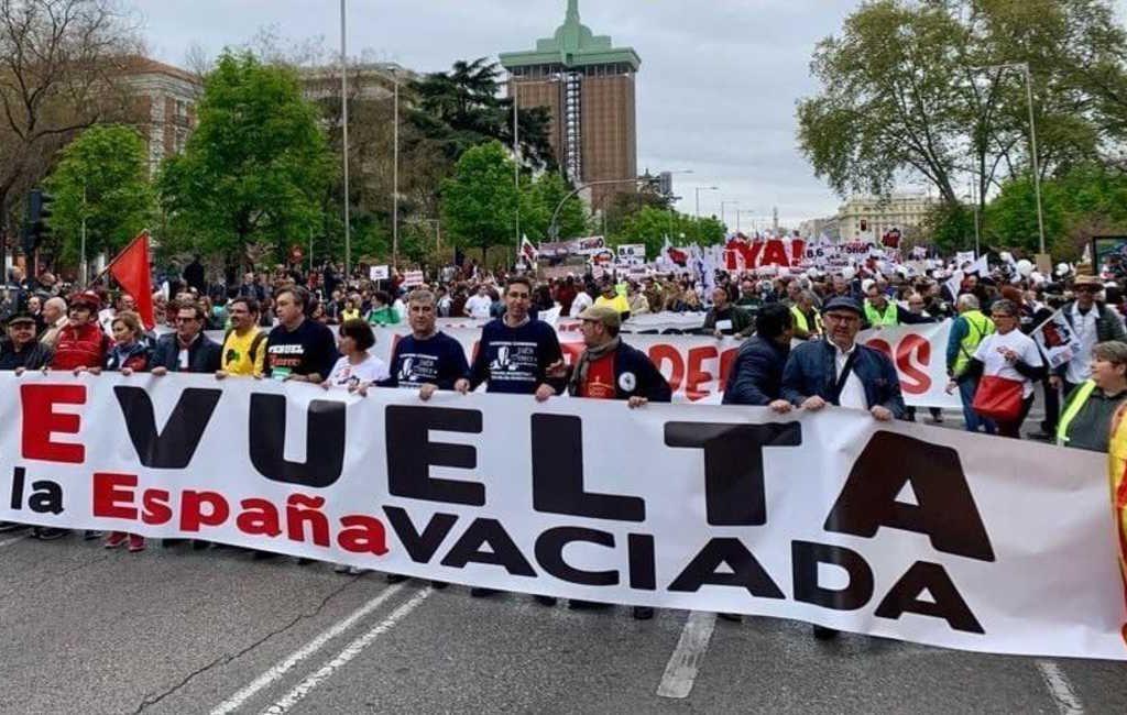 Het vergeten Spanje boos over miljardensteun voor Spanje's grootste vliegvelden