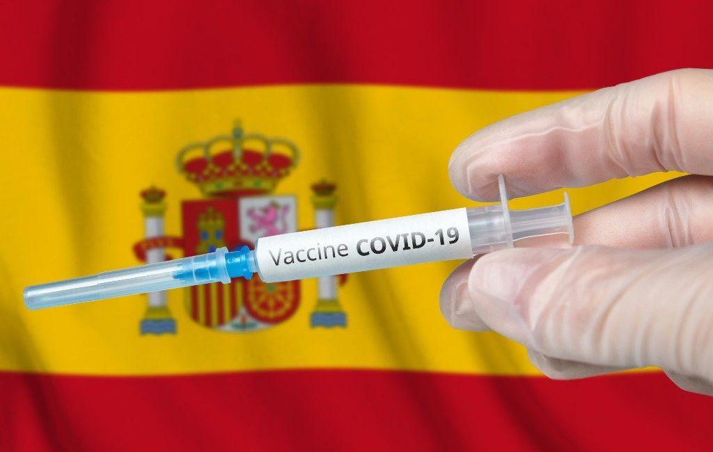17 miljoen inwoners van Spanje geprikt tegen Covid-19 waarvan 5 miljoen gevaccineerd
