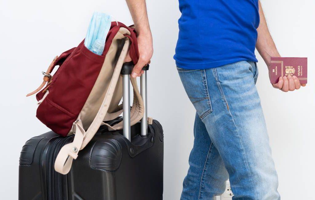 Nederlandse RIVM meldt 836 besmette reizigers die in Spanje zijn geweest