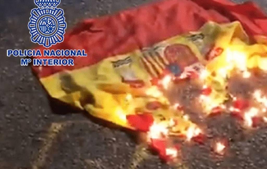 Jongeman aangehouden voor verbranden Spaanse vlag in Murcia