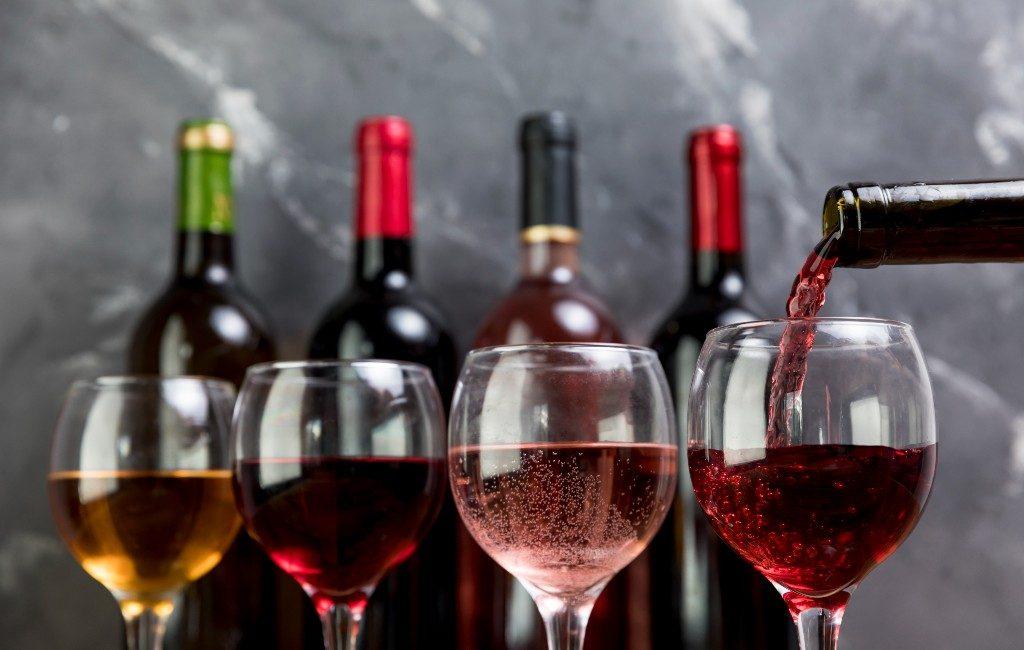 Van de Spaanse wijngaarden bij jou thuis geleverd via Tio Santos