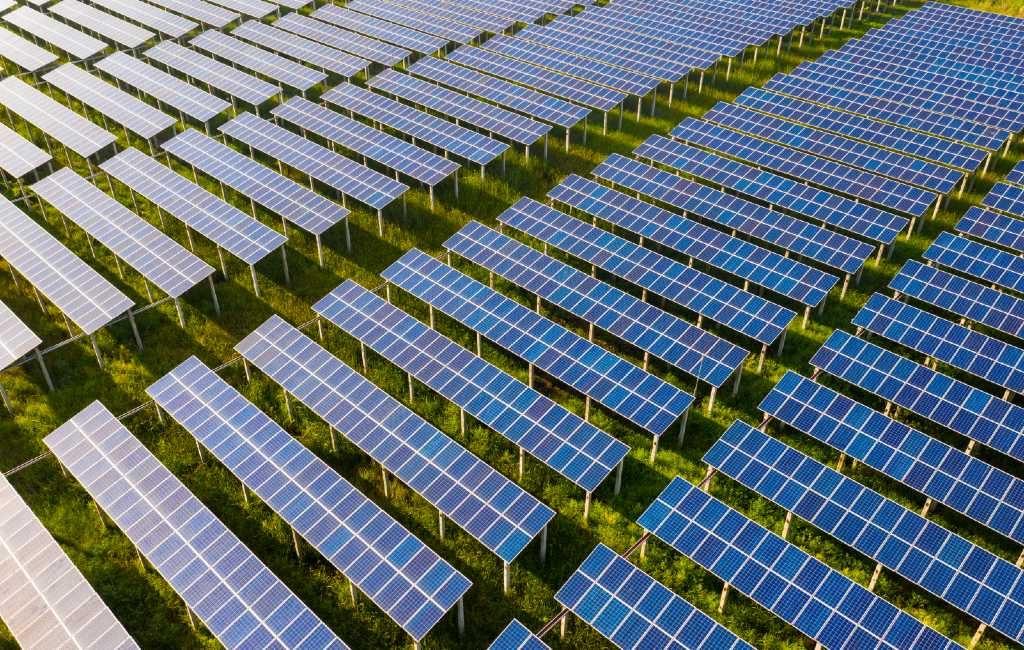 Bewoners provincie Alicante voeren actie tegen mega zonnecentrales rondom hun woonwijk